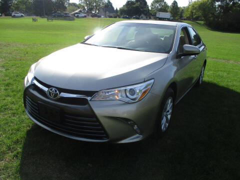 2017 Toyota Camry for sale at Triangle Auto Sales in Elgin IL