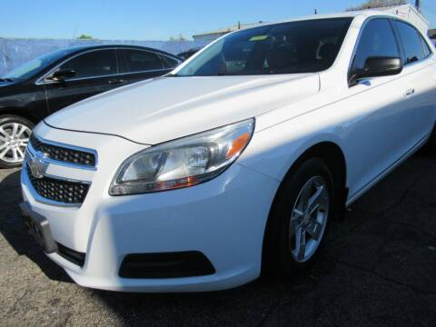 2013 Chevrolet Malibu for sale at Hanna's Auto Sales in Indianapolis IN