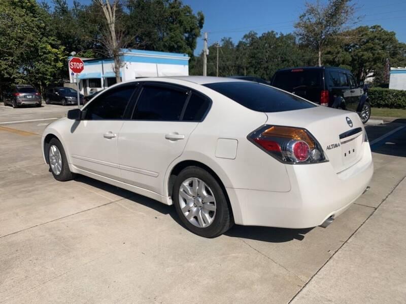 2009 Nissan Altima 2.5 4dr Sedan - Sanford FL