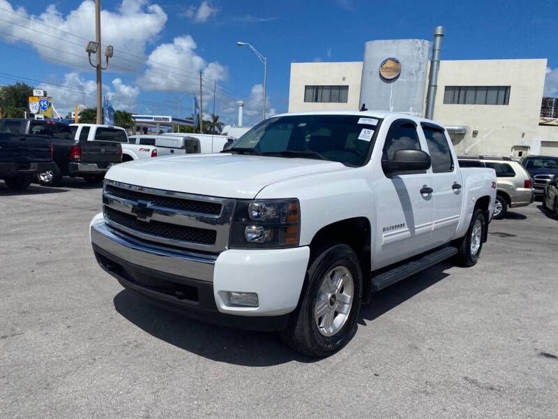 2011 Chevrolet Silverado 1500 for sale at MANA AUTO SALES in Miami FL