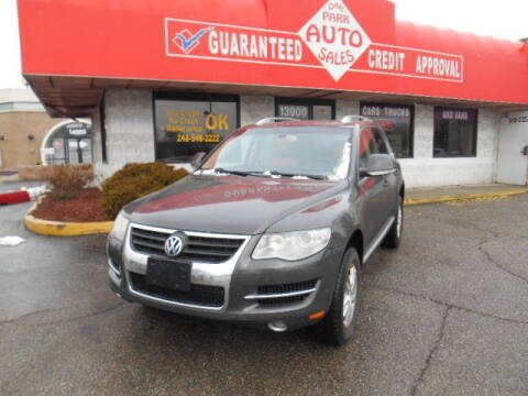 2008 Volkswagen Touareg 2 for sale at Oak Park Auto Sales in Oak Park MI