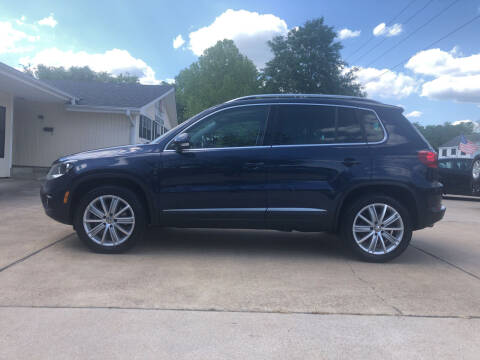 2012 Volkswagen Tiguan for sale at H3 Auto Group in Huntsville TX