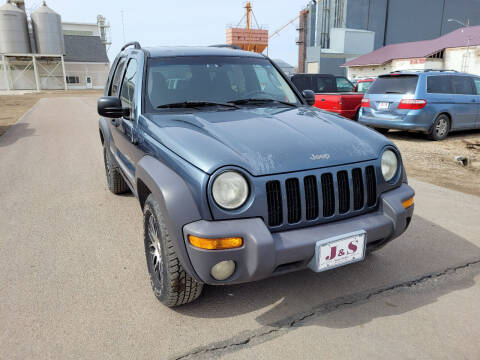 2002 Jeep Liberty for sale at J & S Auto Sales in Thompson ND