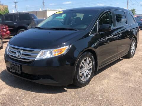 2013 Honda Odyssey for sale at El Tucanazo Auto Sales in Grand Island NE