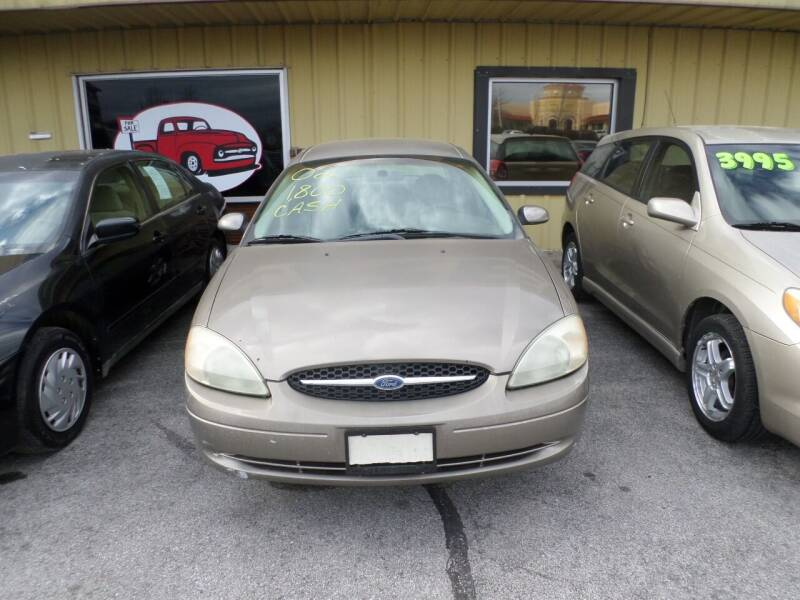 2002 Ford Taurus for sale at Credit Cars of NWA in Bentonville AR