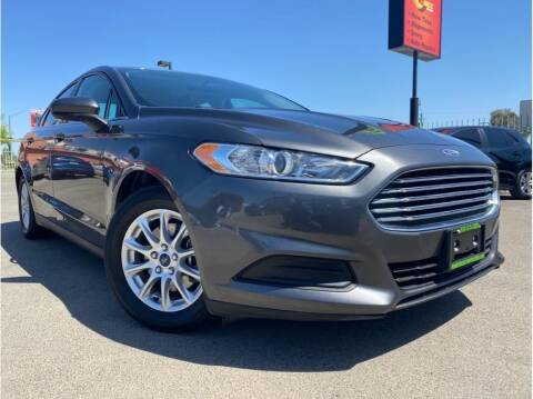 2015 Ford Fusion for sale at MADERA CAR CONNECTION in Madera CA