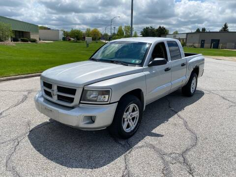 2008 Dodge Dakota for sale at JE Autoworks LLC in Willoughby OH