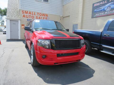 2008 Ford Expedition for sale at Small Town Auto Sales in Hazleton PA
