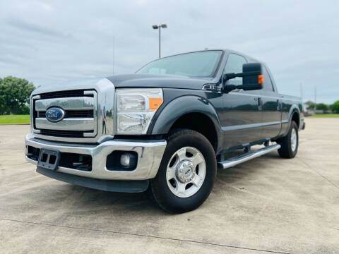 2015 Ford F-250 Super Duty for sale at AUTO DIRECT Bellaire in Houston TX