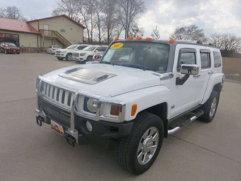2007 HUMMER H3 for sale at Azteca Auto Sales LLC in Des Moines IA
