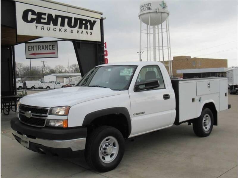 2007 Chevrolet Silverado 2500HD Classic for sale at CENTURY TRUCKS & VANS in Grand Prairie TX