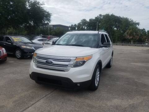 2013 Ford Explorer for sale at FAMILY AUTO BROKERS in Longwood FL