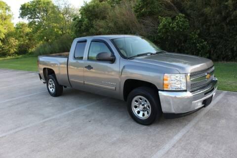 2013 Chevrolet Silverado 1500 for sale at Clear Lake Auto World in League City TX