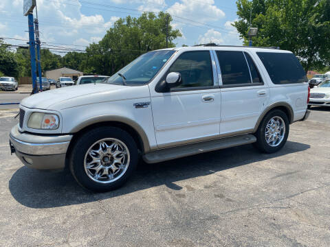 2000 Ford Expedition for sale at Dave-O Motor Co. in Haltom City TX