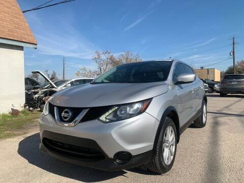 2017 Nissan Rogue Sport for sale at Makka Auto Sales in Dallas TX