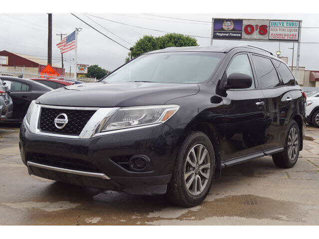 2016 Nissan Pathfinder for sale at Watson Auto Group in Fort Worth TX
