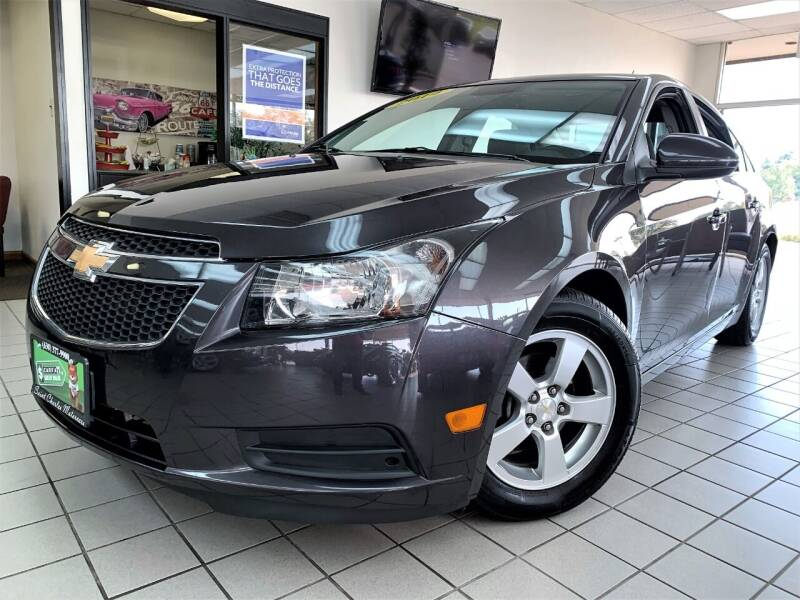 2014 Chevrolet Cruze for sale at SAINT CHARLES MOTORCARS in Saint Charles IL
