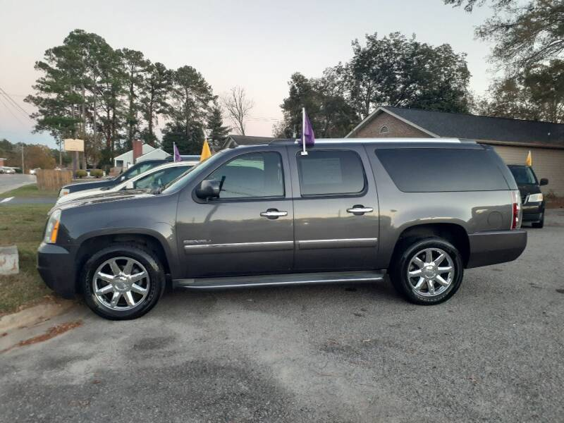 2011 GMC Yukon XL for sale at PIRATE AUTO SALES in Greenville NC