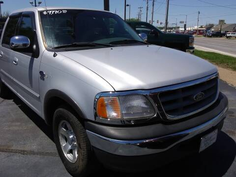 2001 Ford F-150 for sale at Village Auto Outlet in Milan IL