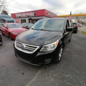 2011 Volkswagen Routan for sale at International Motors in Laurel MD