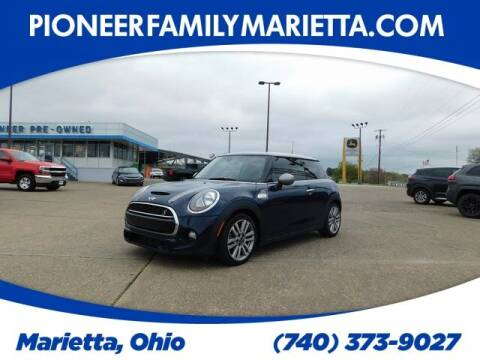 2017 MINI Hardtop 2 Door for sale at Pioneer Family preowned autos in Williamstown WV