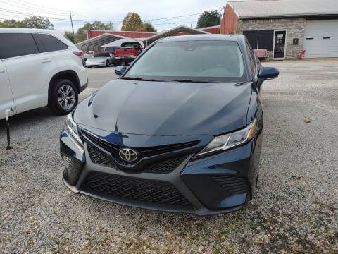 2018 Toyota Camry for sale at VAUGHN'S USED CARS in Guin AL