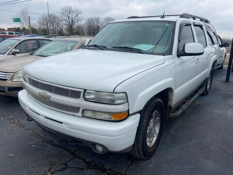 2004 Chevrolet Suburban for sale at Sartins Auto Sales in Dyersburg TN