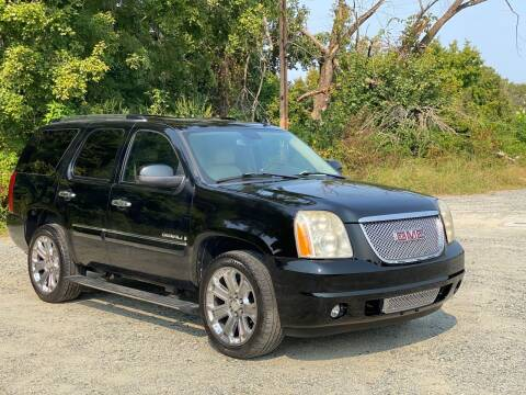 2008 GMC Yukon for sale at Charlie's Used Cars in Thomasville NC