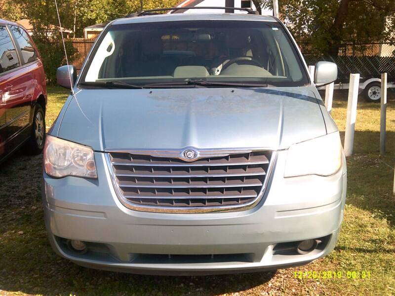 2008 Chrysler Town and Country for sale at DONNIE ROCKET USED CARS in Detroit MI