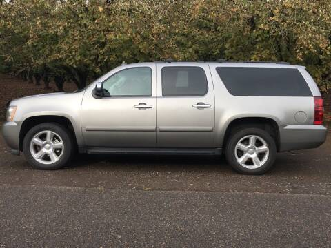 2008 Chevrolet Suburban for sale at M AND S CAR SALES LLC in Independence OR