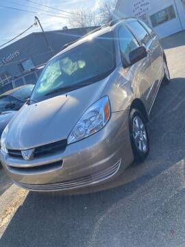 2004 Toyota Sienna for sale at Bob Luongo's Auto Sales in Fall River MA