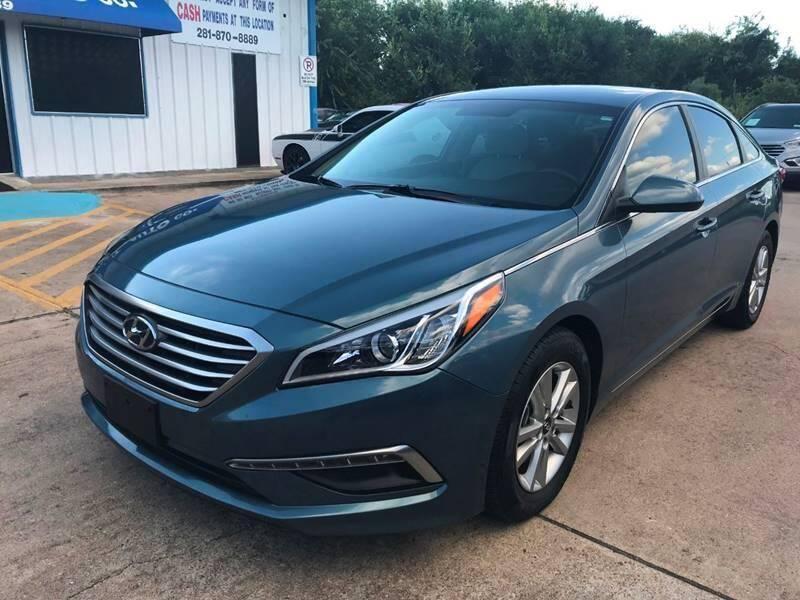 2015 Hyundai Sonata for sale at Discount Auto Company in Houston TX