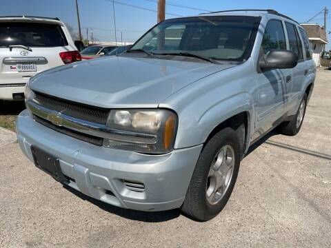 2008 Chevrolet TrailBlazer for sale at Texas Select Autos LLC in Mckinney TX