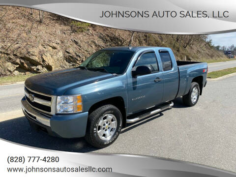 2010 Chevrolet Silverado 1500 for sale at Johnsons Auto Sales, LLC in Marshall NC