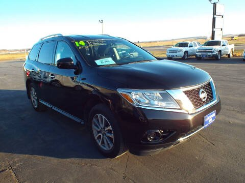 2014 Nissan Pathfinder for sale at G & K Supreme in Canton SD