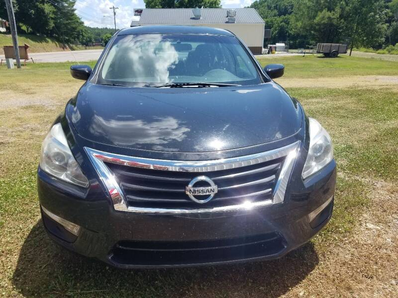 2014 Nissan Altima for sale at AM Automotive in Erin TN