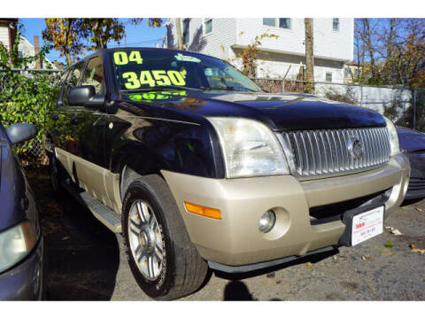 2004 Mercury Mountaineer for sale at M & R Auto Sales INC. in North Plainfield NJ