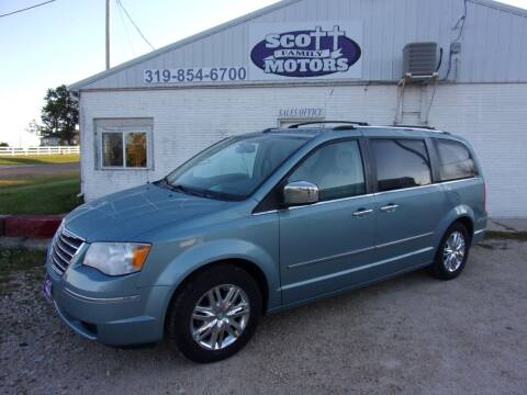 2010 Chrysler Town and Country for sale at SCOTT FAMILY MOTORS in Springville IA