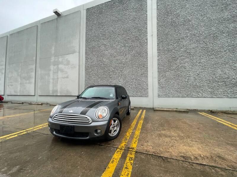 2010 MINI Cooper Clubman for sale at Hatimi Auto LLC in Austin TX