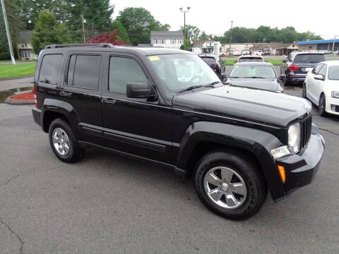 2009 Jeep Liberty for sale at BETTER BUYS AUTO INC in East Windsor CT