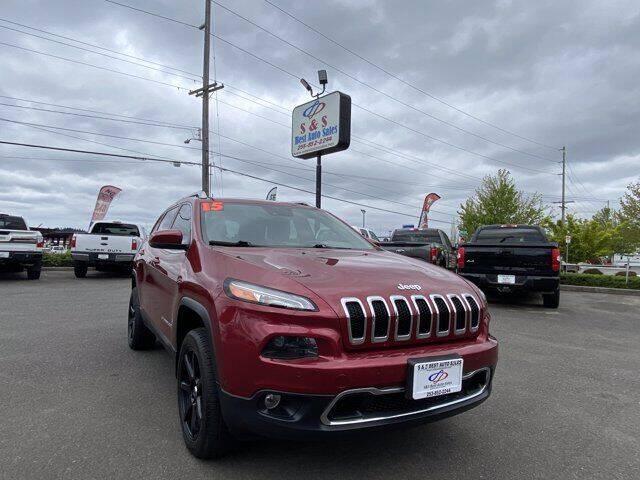 2015 Jeep Cherokee for sale at S&S Best Auto Sales LLC in Auburn WA