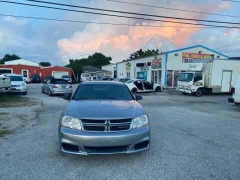 2013 Dodge Avenger for sale at ONYX AUTOMOTIVE, LLC in Largo FL
