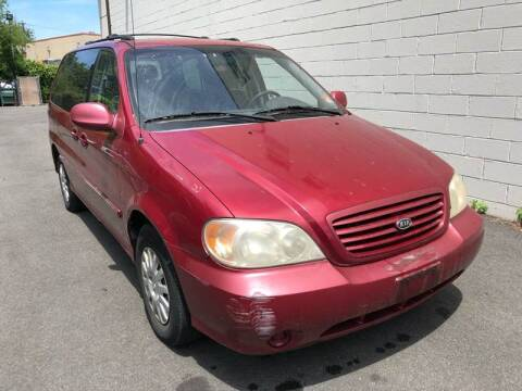 2003 Kia Sedona for sale at MAGIC AUTO SALES in Little Ferry NJ