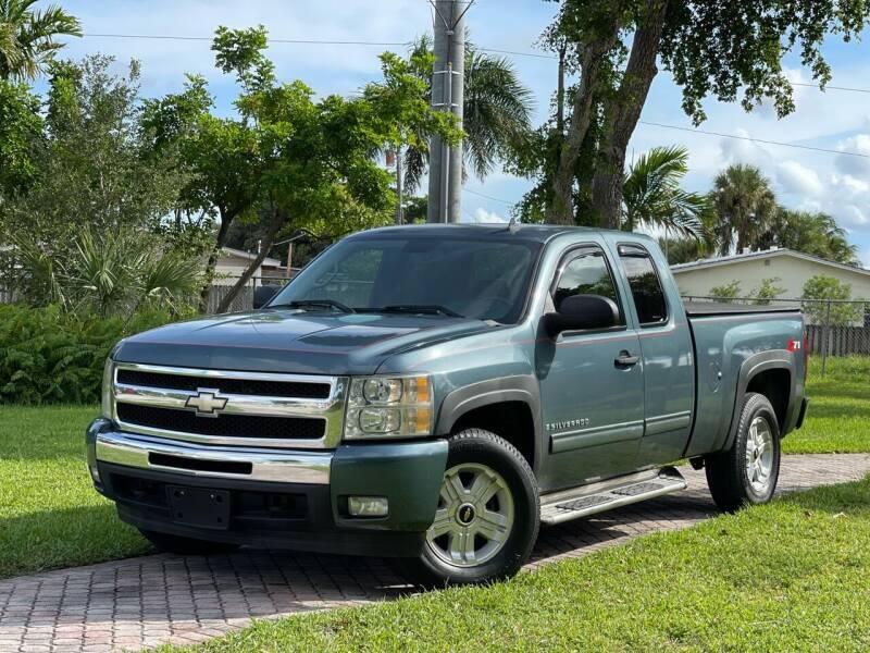 2009 Chevrolet Silverado 1500 for sale at Citywide Auto Group LLC in Pompano Beach FL