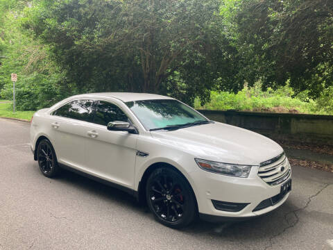 2013 Ford Taurus for sale at Bull City Auto Sales and Finance in Durham NC