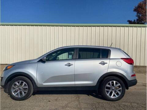 2015 Kia Sportage for sale at Dealers Choice Inc in Farmersville CA