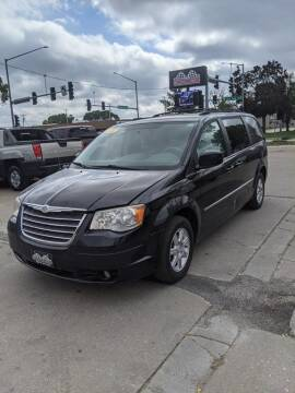 2010 Chrysler Town and Country for sale at Corridor Motors in Cedar Rapids IA