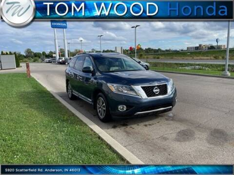 2015 Nissan Pathfinder for sale at Tom Wood Honda in Anderson IN