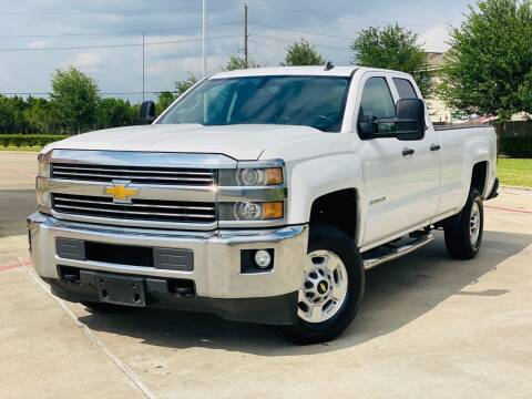 2015 Chevrolet Silverado 2500HD for sale at AUTO DIRECT in Houston TX