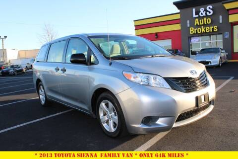 2013 Toyota Sienna for sale at L & S AUTO BROKERS in Fredericksburg VA
